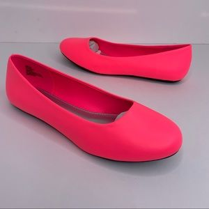 Hot Cakes Dazzle Hot Pink Flats Size 6.5 NIB